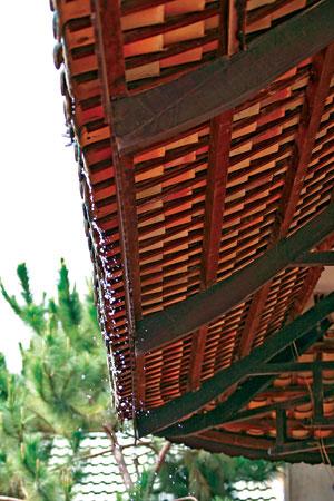 Thiết kế thi công nhà mái ngói trên hệ xà gồ bằng gỗ