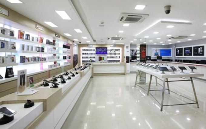 Mẫu thiết kế cửa hàng điện thoại, máy tính
