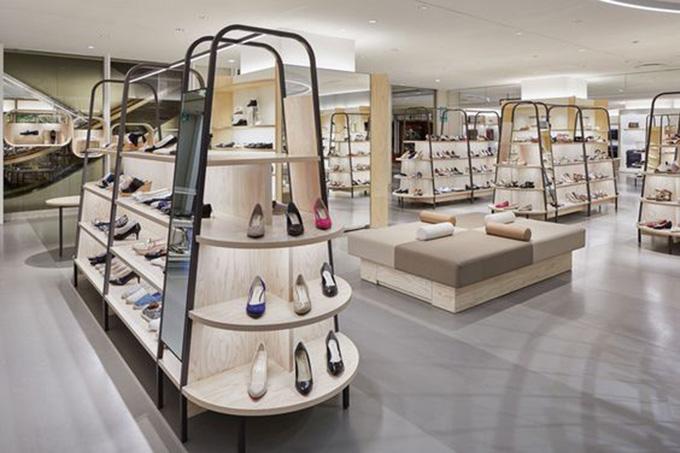 Mẫu thiết kế cửa hàng giày dép đẹp