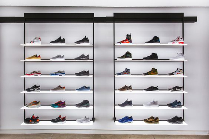 Mẫu thiết kế shop giày thể thao