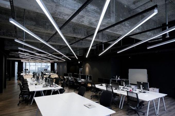 Mẫu thiết kế văn phòng làm việc hiện đại, không gian mở, năng động cho các công ty Startup
